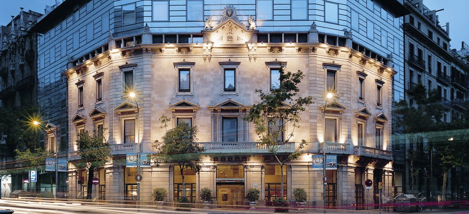 Claris hotel barcelona find the best claris hotel spain for Top design hotels barcelona