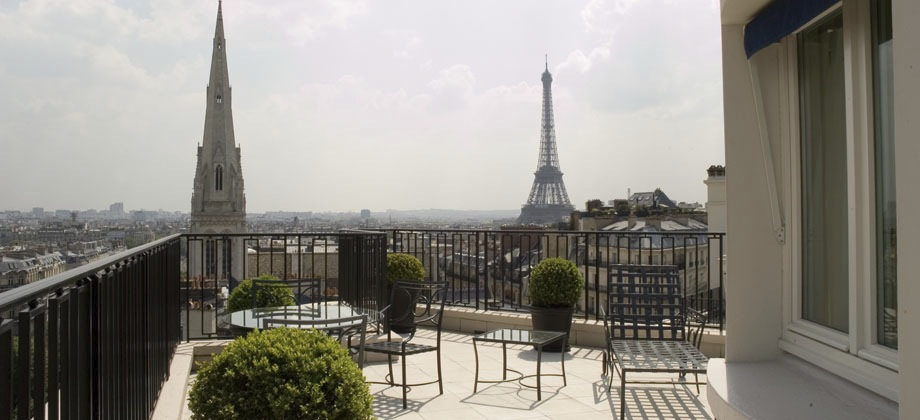 Four Seasons George V Find Best Four Seasons Hotel Paris