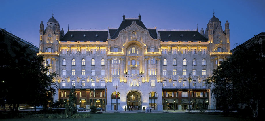 Four Seasons Hotel Gresham Palace Budapest Photo