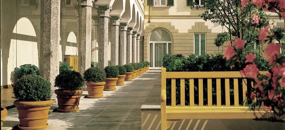 Four seasons milano find best four seasons hotel milano for Luxury hotel milano
