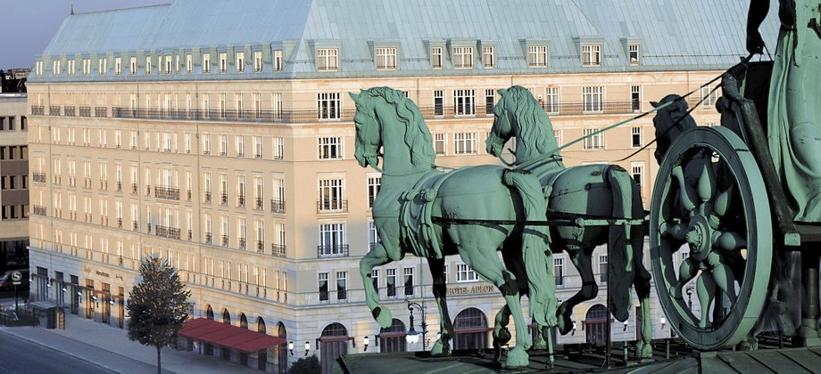 Hotel Adlon Kempinski Berlin Photo