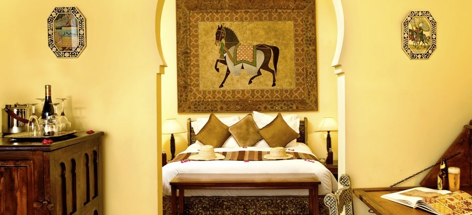 Kasbah tamadot hotel find the best kasbah tamadot for Luxury hotel finder