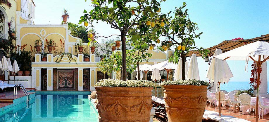 Le sirenuse hotel find the best le sirenuse positano rates for Great small hotels italy