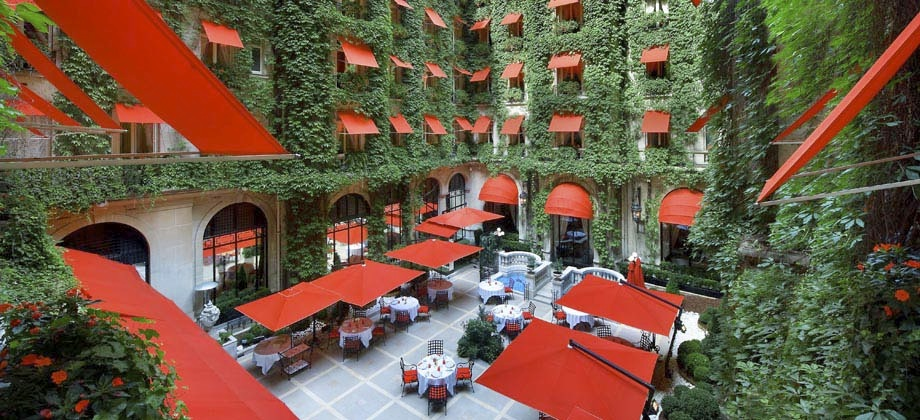 Hotel Plaza Athenee, one of the Dorchester Collection Photo