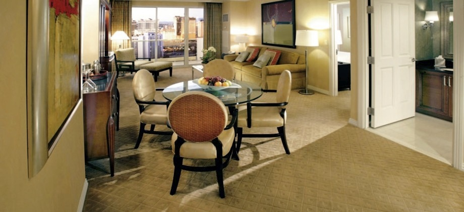 mgm signature 2 bedroom balcony suite
